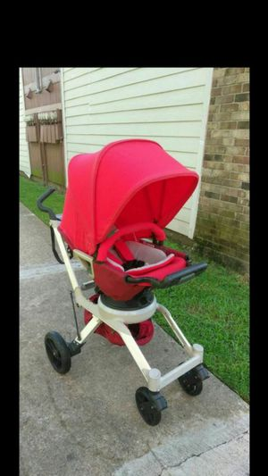 Orbit baby g2. Stroller, CARREOLA. Rear or forwar facing. Boy or girl . Great conditions. for Sale in Houston, TX