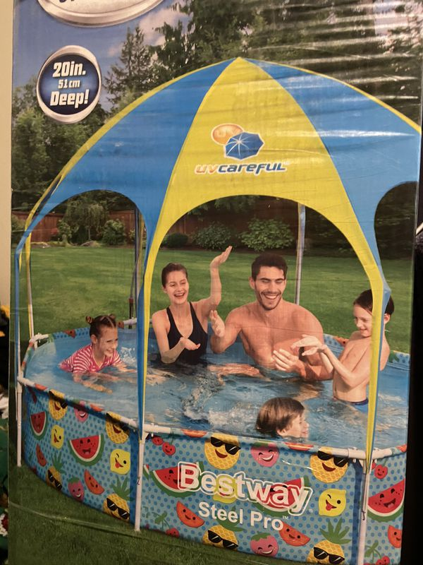 Family swimming pool with shade and mister new in box