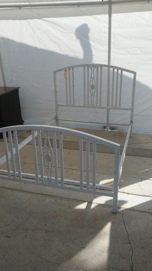 FULL BED FRAME for Sale in Perris, CA