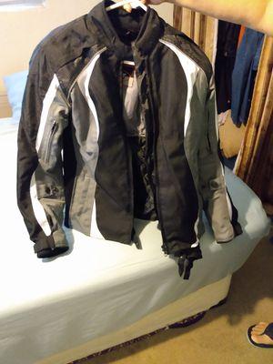 Jacket for motorcycle BiLT size SM--Buenas condiciones--área de oildale for Sale in Bakersfield, CA