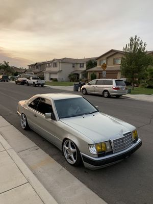 Trade Mercedes Benz 300ce parts part out coupe bagged air ride porche 911 turbo wheels clean title and for Sale in Riverside, CA