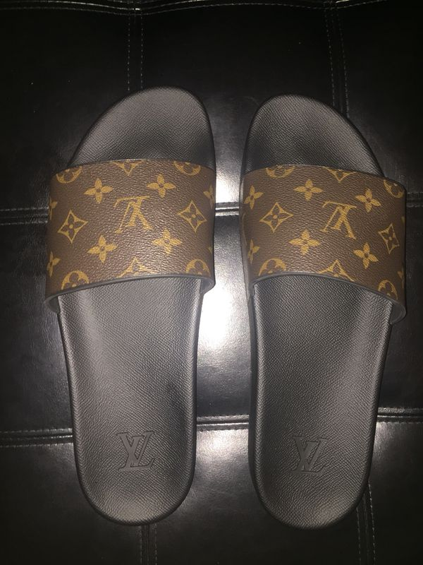 Genuine LOUIS VUITTON MENS slides