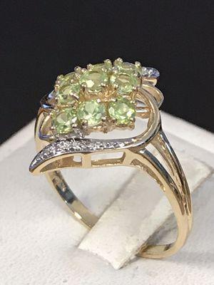 Gold peridot ring for Sale in Trenton, MI