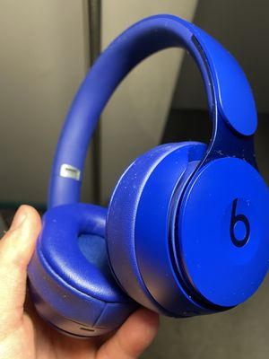 Beats Solo Pro Wireless Noise Cancelling On-Ear Headphones - Apple H1 Headphone Chip, Class 1 Bluetooth, Active Noise Cancelling, Transparency, 22 Ho for Sale in Gibbsboro, NJ