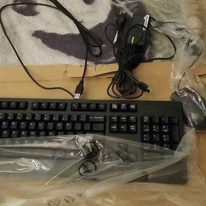 Teclado Para Computadora Nuevo for Sale in Manassas, VA