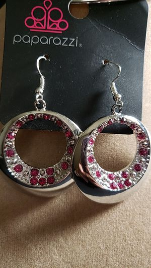Paparazzi earrings. for Sale in Las Vegas, NV