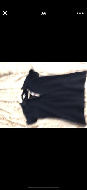 Burberry top x/s excellent condition for Sale in Poway, CA