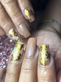 Citas Disponibles 📆📆📆 Nails 💅🏻💅🏻💅🏻💅🏻 for Sale in North Las Vegas,  NV