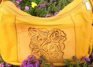 Genuine leather shoulder bag for Sale in Fenton, MO