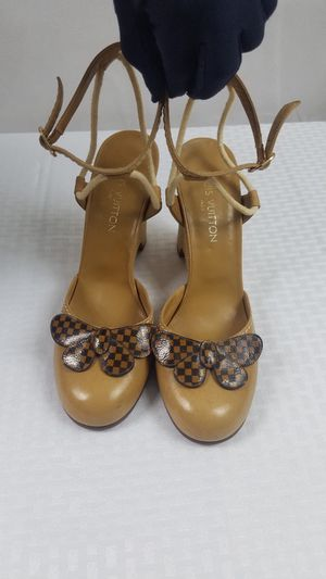 Louis Vuitton wedges heels shoes for Sale in Snellville, GA