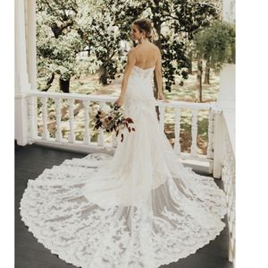 Wedding dress BLHDN antropologie Eddy K Style #39250873 Leigh Gown $1,200 USD Retail Price: $1,600 USD for Sale in San Diego, CA