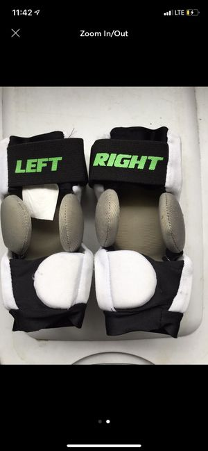 Stx lacrosse cell 2 elbow pads xs. SHIPPING ONLY for Sale in Central Islip, NY