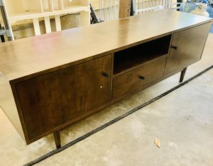 Beautiful TV stand for Sale in Carrollton, TX