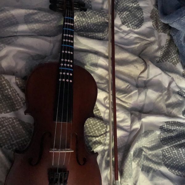 Brand New High Quality Violin With Case And Extra Strings