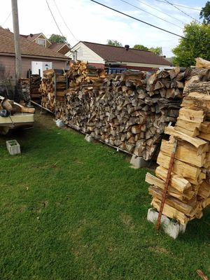 Oak pecan hickory your choice 80/rick for Sale in Tulsa, OK