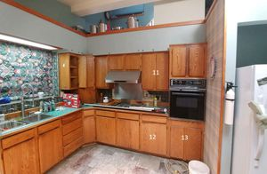 1970's kitchen cabinets from kitchen remodel - good condition. for Sale in Olympia, WA