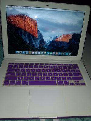 2009 MacBook for Sale in Stockton, CA