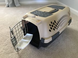 Petmate Crate w/ cushion bed for Sale in Gainesville, VA