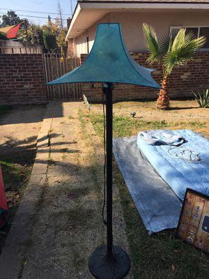 Metal floor Lamp for Sale in Fresno, CA