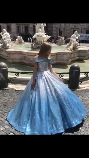 Glitter pageant flower girl dress for Sale in San Antonio, TX
