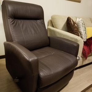 Recliner Chair for Sale in Beaverton, OR