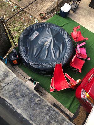 Hot tub 150$ for Sale in Cliffside Park, NJ