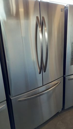 KENMORE FRENCH DOOR STAINLESS STEEL REFRIGERATOR for Sale in Los Angeles, CA