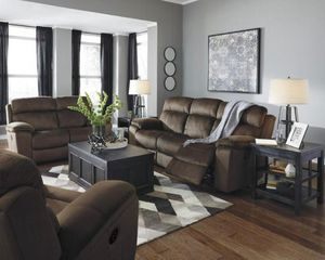 😳 😱 Half Price! New 6480315 Ashley Furniture Uhland - Chocolate Power Reclining Sofa/adj Headrest - Chocolate. Retails $1399. Our price is $699 Limit for Sale in Norfolk, VA