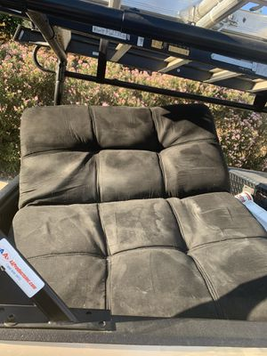Free futon makes into bed for Sale in Hemet, CA