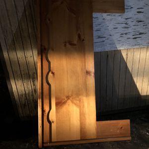 Free Head Board for Sale in Riverside, CA
