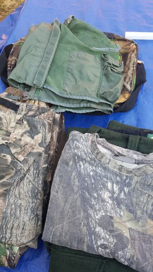 Camo Combo hunting clothes lot for Sale in Everett, WA