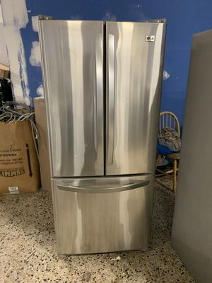 30by67 LG FRENHC DOOR FRIDGE STAINLESS STEEL WITH WARRANTY for Sale in Lake Ridge, VA