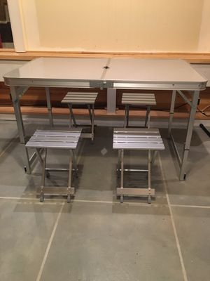 Table and Seats !! for Sale in Montclair, NJ