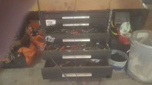 Tool box full of tools for Sale in Wichita, KS