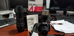 Minola maxxum 300 Si camera w strap,Tamron AF 28-300 mm lens w lens hood, & zoom bounce and 2 6.0 batteries,and camera bag for Sale in Las Vegas, NV