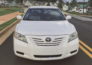 1-Owner Pearl White 2009 Toyota Camry LE Sedan for Sale in Baltimore, MD