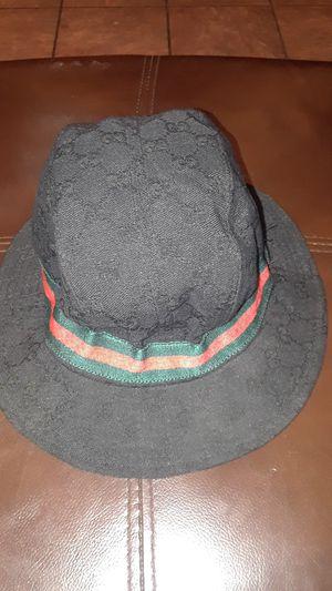 Gucci hat for Sale in Hesperia, CA