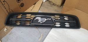 2011 - 2013 Ford Mustang GT V8 grill Oem with Chrome for Sale in Los Angeles, CA