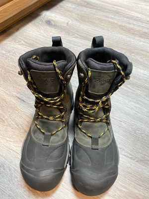 KEEN winter boots NEW for Sale in Gig Harbor, WA