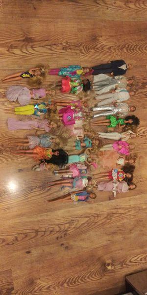 Vintage 1968 Barbie / Ken doll lot of 25 for Sale in Montgomery Village, MD