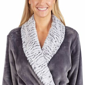 Carole Hochman Ladies' Plush Wrap Robe for Sale in Annandale, VA