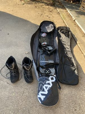Snowboard, boots, bag for Sale in Arlington, TX