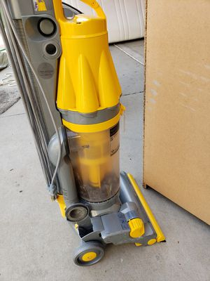 Dyson for Sale in Clovis, CA