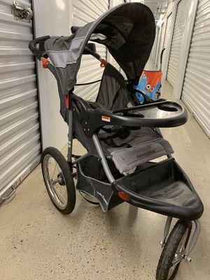 baby jogging stroller navegador / Hablamos Español for Sale in Houston, TX