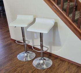 2 × Swivel / Adjustable Bar Stools for Sale in Marysville,  WA