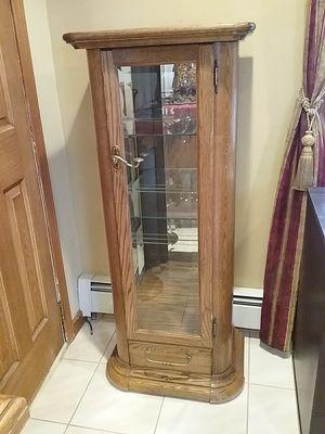 Curio cabinet for Sale in Rockaway, NJ