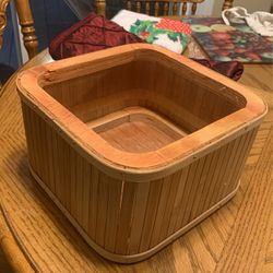 Wood NAPKIN HOLDER or BARBIE Hot Tub? for Sale in Vancouver,  WA