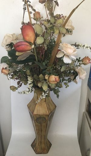 Beautiful Colorful Rose Synthetic Flowers Arrangement With Beige Ornate Vase for Sale in San Diego, CA
