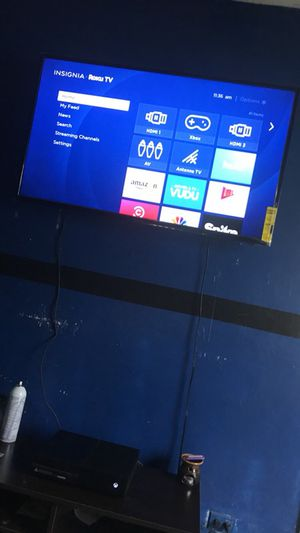 "50"" roku tv, and Xbox one combo for Sale in Miami, FL"