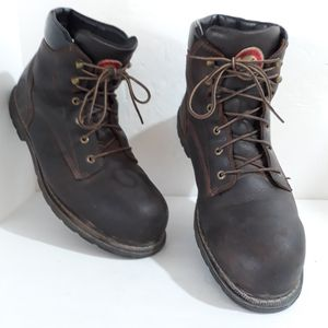 Red Wing Irish Setter Leather Work Boots for Sale in Las Vegas, NV